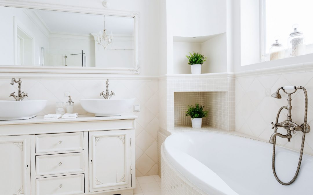 How to Brighten Your Bathroom with Home Staging